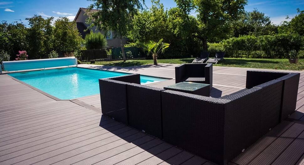 Plage de piscine: a quel moment la construire?