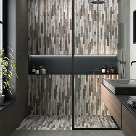 Douche italienne mosaïque bois délavé