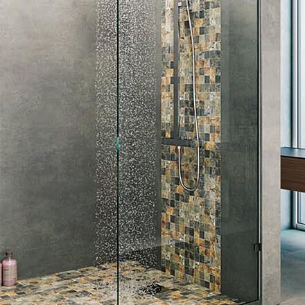 Douche italienne mosaïque pierre