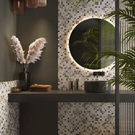 Salle de bain mosaïque verte ambiance jungle