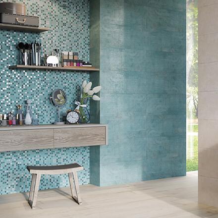 Salle de bain mosaïque bleu énergisante