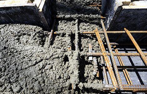 Réalisation des fondations: coulage béton