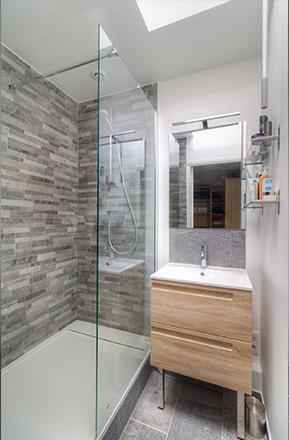 Salle de bain par Marius P., EGB agréé La Maison Saint-Gobain