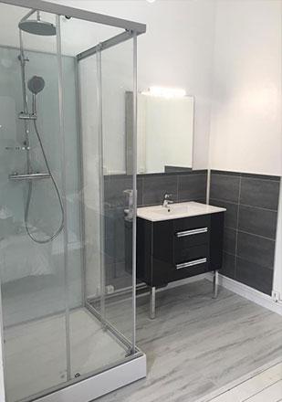 Salle de bain par Stephane P., installateur La Maison Saint-Gobain