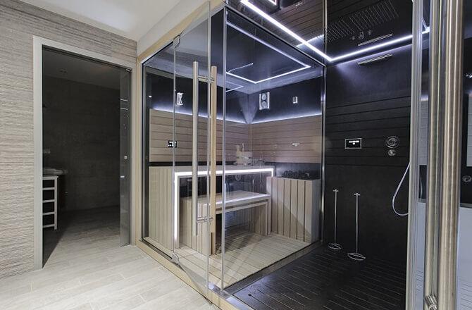 Le sauna haut de gamme vitré 5 ou 8 places rétro éclairage