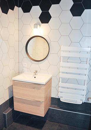 Salle de bain hexagone