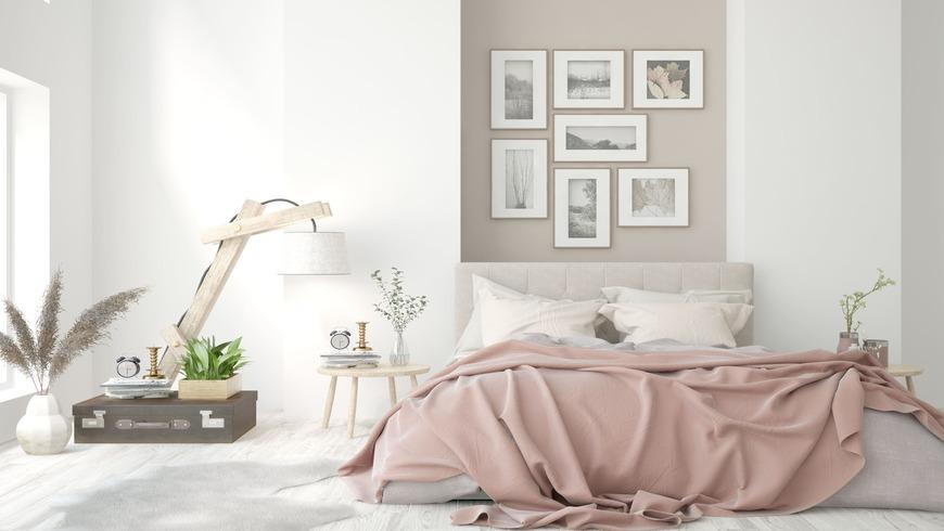 Chambre apaisante rose avec tapis de sol