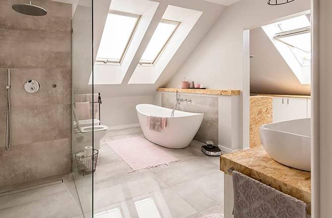 Une salle de bains contemporaine