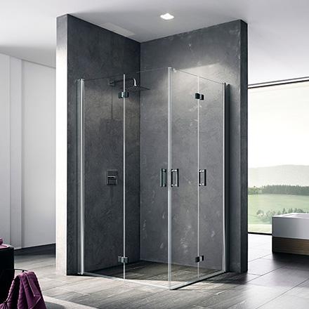 Une douche d'angle contemporaine grise