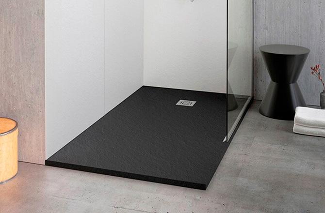 Un receveur de douche contemporain noir
