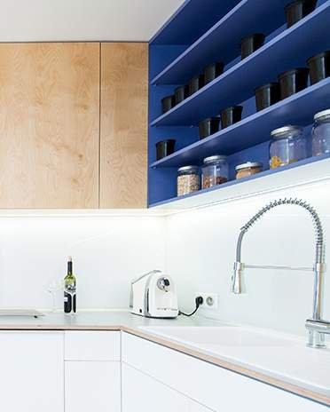 cuisine bleue ambiance bois