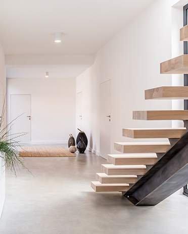 Style moderne design - entrée avec escalier- Saint-Gobain.fr