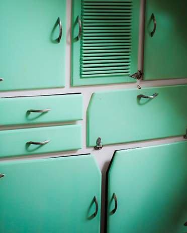 Style vintage - meuble cuisine - La Maison Saint-Gobain