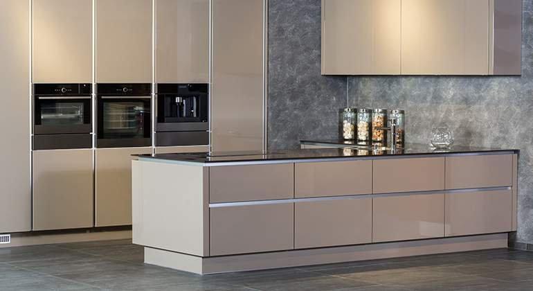 cuisine beige ambiance beton
