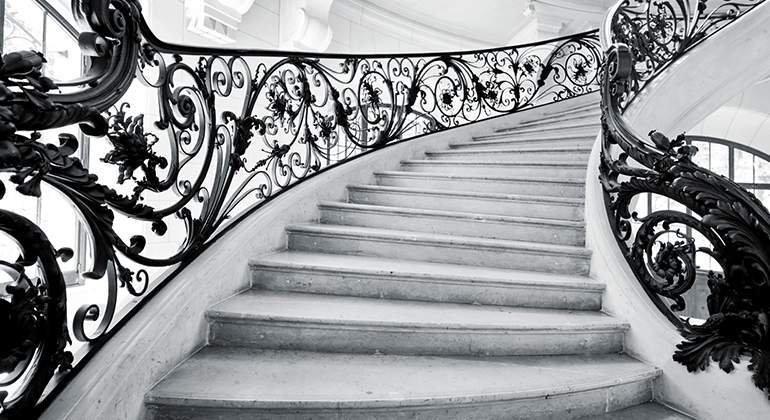 Style Classique-chic - escalier haussmanien - Saint-Gobain.fr